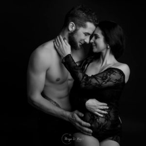 photos-de-maternite-couple-Arlon-noriyalerouxphotographe